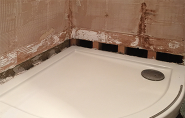 Read a blog article: How to protect water-sensitive substrates before tiling?