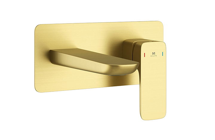 Wall mounted basin mixer Pure Brushed Brass
