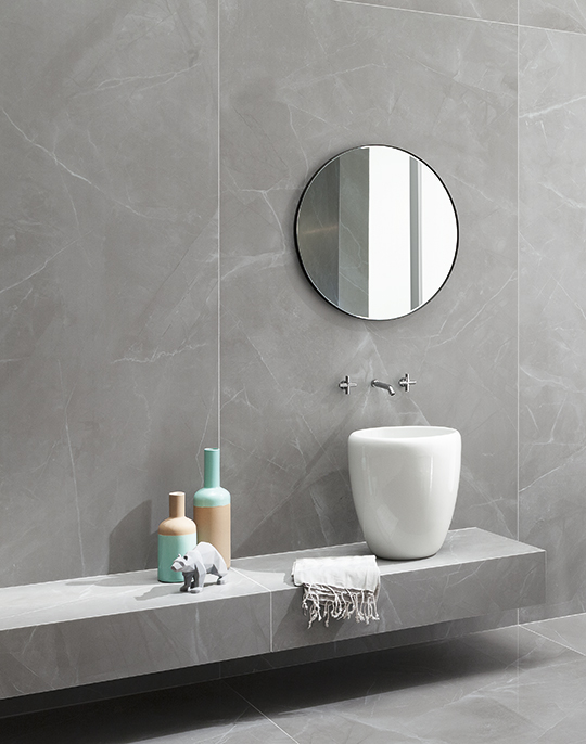 Grey Pulpis 60x120. Luxury grey marble look high polished and satin finish porcelain tiles. View collection.